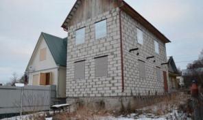 Продается дом и земельный участок в д. Страхово