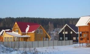 Деревянный дачный дом 112 кв.м. с участком 14 соток