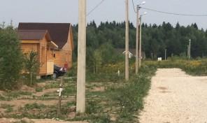 Участок в поселке на Оке